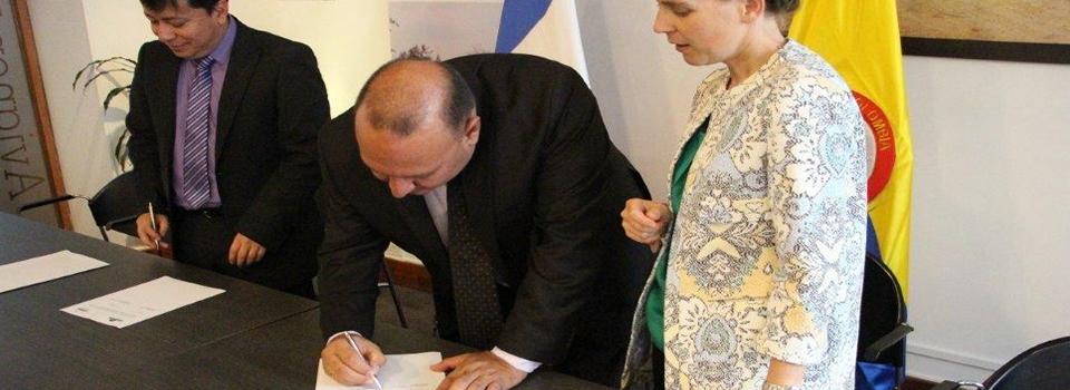 imagen alusiva a  CDA firma convenio con ONF Andina